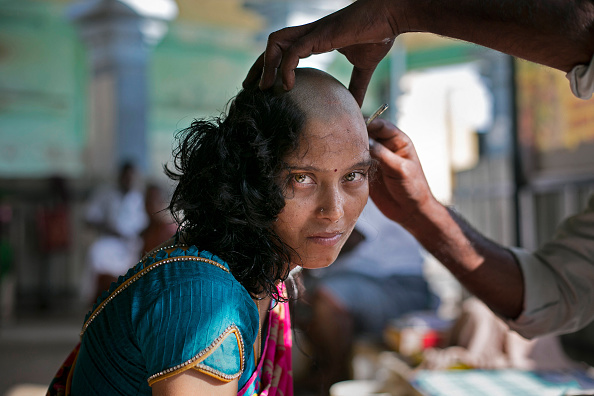 Spirituality「Indian Women Shave Heads For Religion Amidst The Global Wig Trade」:写真・画像(4)[壁紙.com]