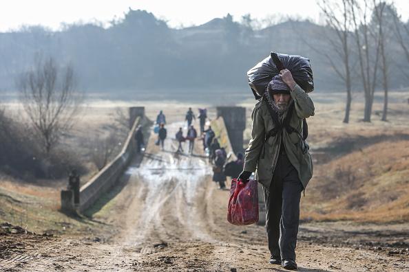 Greece「Migrants Continue To Wait At The Turkish Greek Border」:写真・画像(10)[壁紙.com]