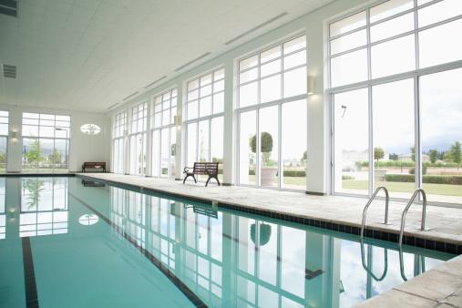 Swimming「Indoor swimming pool」:スマホ壁紙(10)