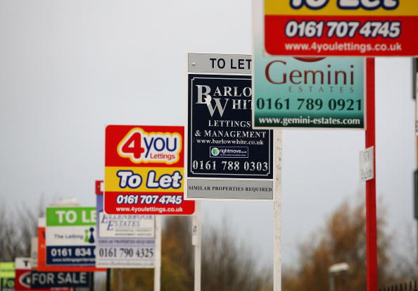 In A Row「Credit Crisis Forces Downturn In Housing Market」:写真・画像(0)[壁紙.com]
