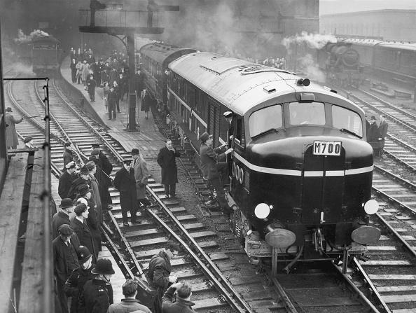 Railroad Station「First Diesel」:写真・画像(11)[壁紙.com]