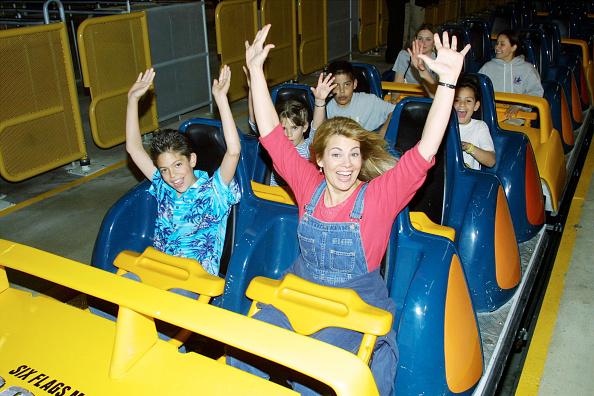 Rollercoaster「Celebs At Six Flags Magic Mountain」:写真・画像(16)[壁紙.com]