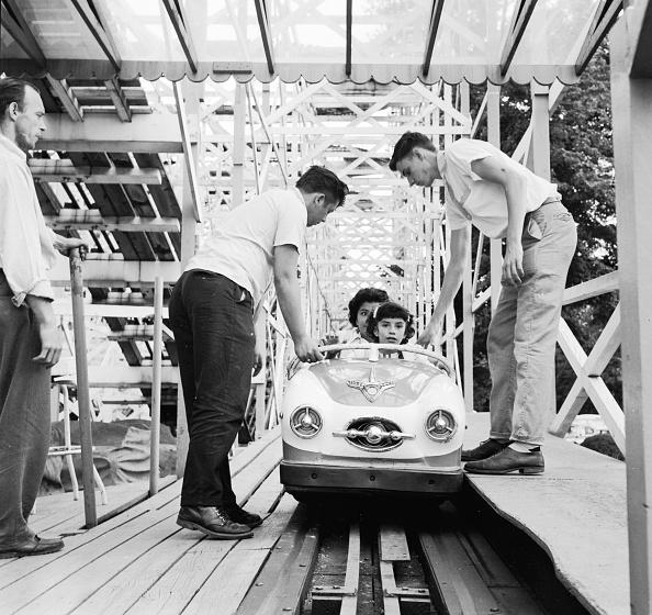 Anticipation「Roller Coaster」:写真・画像(2)[壁紙.com]