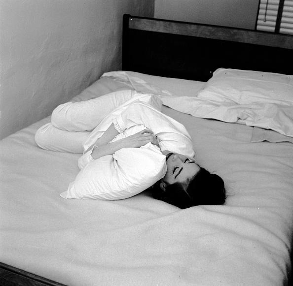 Lying Down「Bed Time」:写真・画像(4)[壁紙.com]