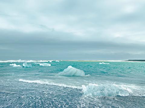 Pack Ice「Arctic coastline, Iceland」:スマホ壁紙(15)