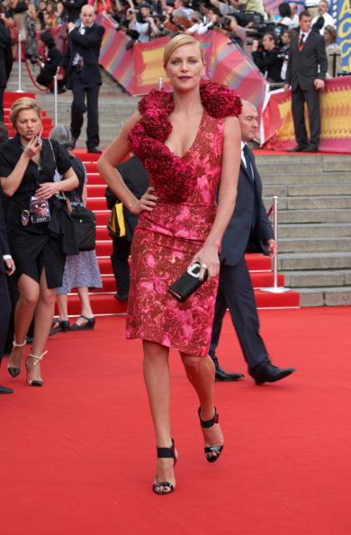 Clutch Bag「Moscow International Film Festival Day 1」:写真・画像(1)[壁紙.com]