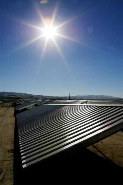 Sky「ChevronTexaco Installs California's First Solar Project to Power Oil Production 」:写真・画像(19)[壁紙.com]