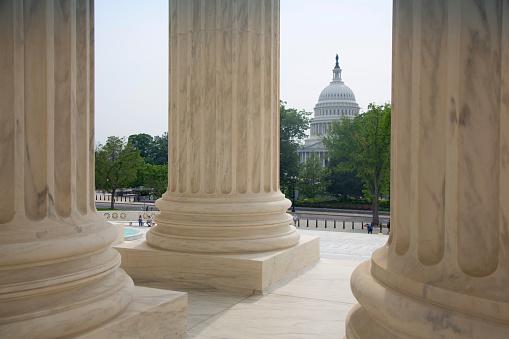 Supreme Court「View of columns.」:スマホ壁紙(4)