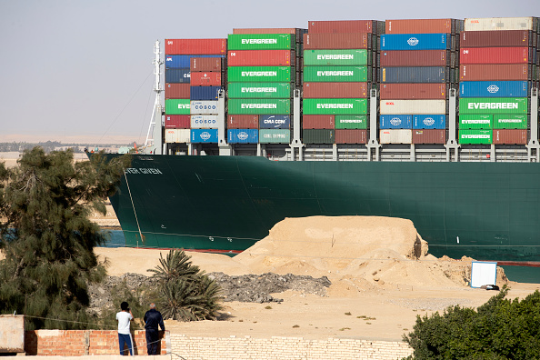 Canal「Container Ship 'Ever Given' Refloated, Unblocking Suez Canal」:写真・画像(17)[壁紙.com]