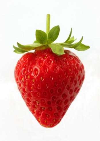 Strawberry「Ripe, organic strawberry on white background.」:スマホ壁紙(9)