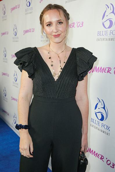 "V-Neck「Premiere Of Blue Fox Entertainment's ""Summer '03"" - Red Carpet And Q&A」:写真・画像(13)[壁紙.com]"