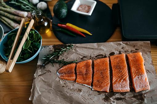 Fennel「Fresh salmon fillets」:スマホ壁紙(3)