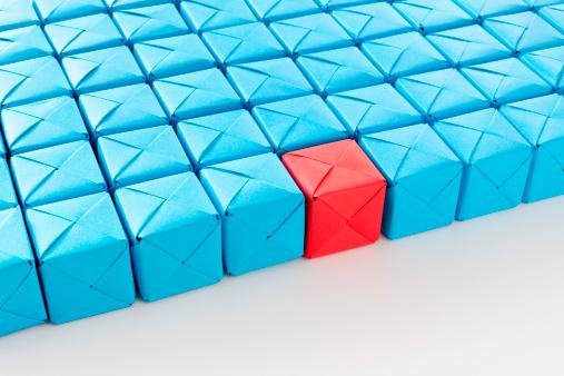 Contrasts「Red cube between blue ones」:スマホ壁紙(17)