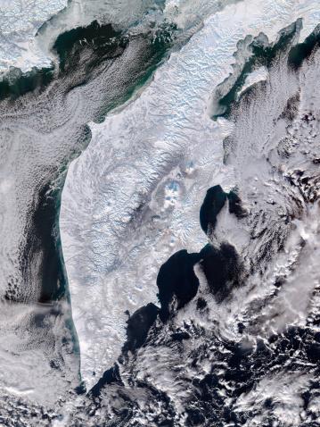 クリチェフスコイ火山「Satellite view of Kamchatka Peninsula, Eastern Russia.」:スマホ壁紙(4)