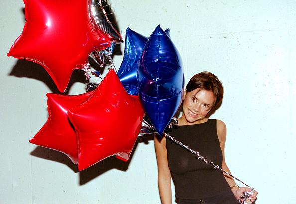 Number「The Spice Girls song ViVa Forever reaches number 1, 1998」:写真・画像(15)[壁紙.com]
