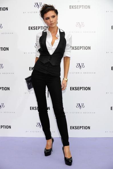 White Shirt「Victoria Beckham Presents Jeans Collection In Madrid」:写真・画像(15)[壁紙.com]
