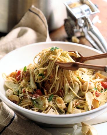 Fennel「Spaghetti with garlic , fennel , and tomato」:スマホ壁紙(0)