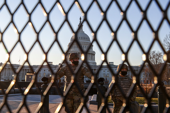 Capitol Hill「Washington, DC Prepares For Potential Unrest Ahead Of Presidential Inauguration」:写真・画像(4)[壁紙.com]