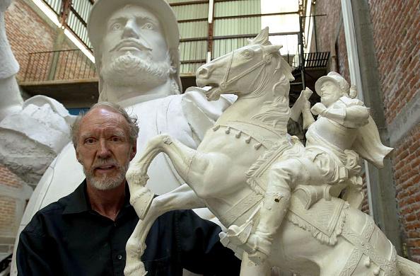 Horse「Controversial Sculpture Of Spanish Conquistador」:写真・画像(17)[壁紙.com]