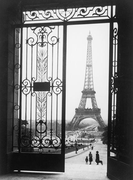 エッフェル塔「Tour Eiffel」:写真・画像(11)[壁紙.com]