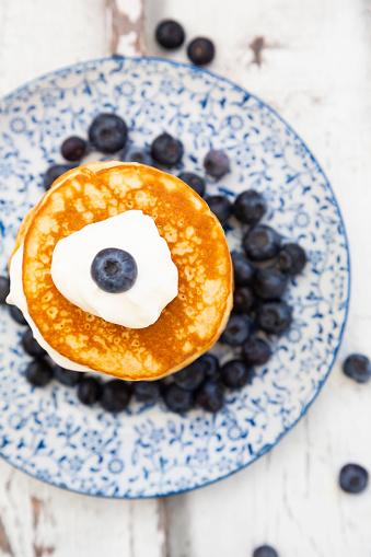 Ketogenic Diet「Pancakes with blueberries and greek yogurt, with almond flour, ketogenic diet」:スマホ壁紙(5)