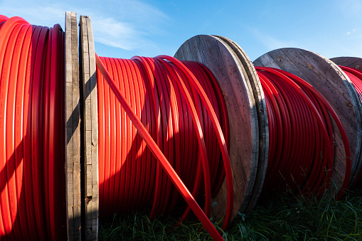 Cable「Broadband cable coils」:スマホ壁紙(7)