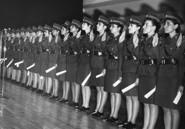 Conformity「Nursing Graduates」:写真・画像(6)[壁紙.com]