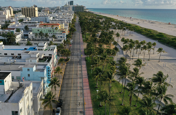Miami「Miami Hotels Close Their Doors As Coronavirus Spreads In Florida」:写真・画像(7)[壁紙.com]
