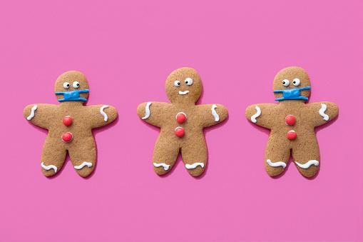Gingerbread Cookie「Gingerbread Men Christmas Cookies Wearing Protective Face Masks」:スマホ壁紙(8)