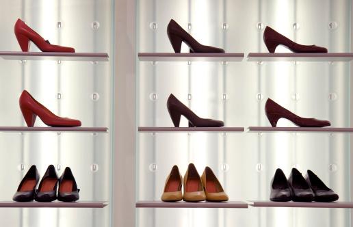 Shoe Store「Shoes on display」:スマホ壁紙(5)