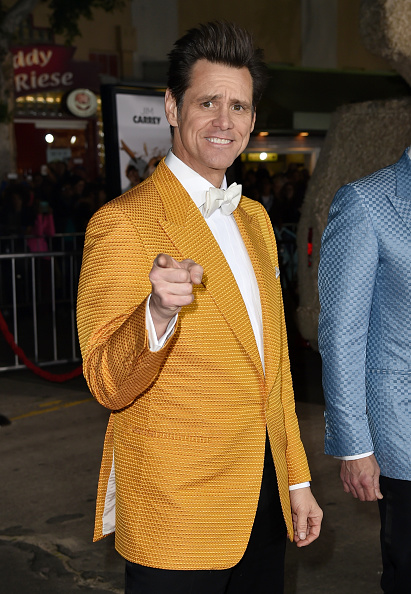 """Jim Carrey is Mr「Premiere Of Universal Pictures And Red Granite Pictures' """"Dumb And Dumber To"""" - Red Carpet」:写真・画像(19)[壁紙.com]"""