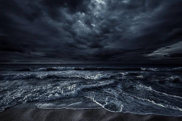 Stormy sea:スマホ壁紙(壁紙.com)
