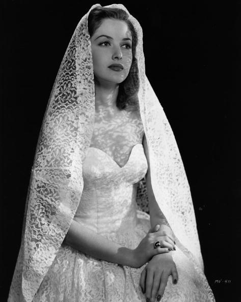 Wedding Dress「Martha Vickers」:写真・画像(8)[壁紙.com]