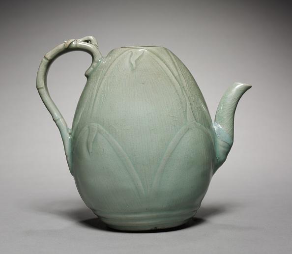 Ceramics「Wine Ewer With Incised Bamboo Shoot Design」:写真・画像(15)[壁紙.com]