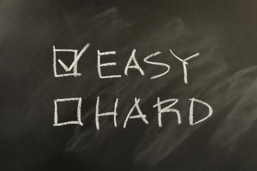 Effortless「Easy and Hard Checkbox Written on Blackboard」:スマホ壁紙(15)