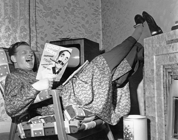 Laughing「Benny Hill's Homework」:写真・画像(10)[壁紙.com]