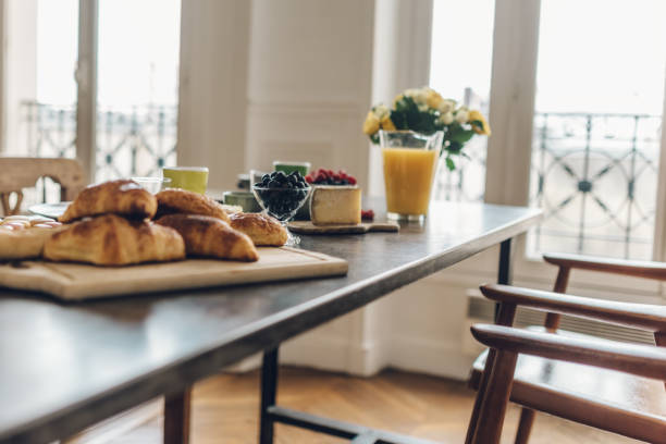 breakfast in Paris:スマホ壁紙(壁紙.com)