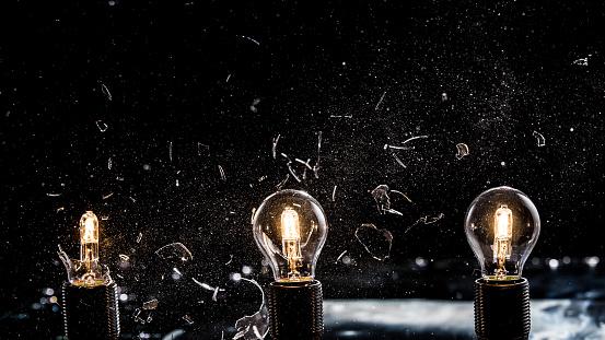Destruction「Light bulbs exploding」:スマホ壁紙(13)