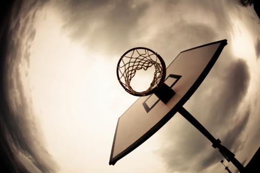 Dribbling - Sports「Basketball Hoop, Dramatic Sky」:スマホ壁紙(11)