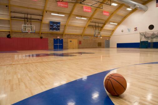 Gym「Basketball on gym floor」:スマホ壁紙(5)
