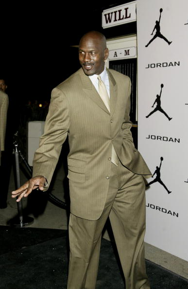 Suit「Jordan Comedy Court All Star Event Arrivals」:写真・画像(8)[壁紙.com]