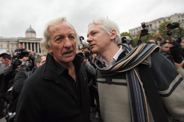Oli Scarff「Protestors Attend The Antiwar Assembly In London」:写真・画像(2)[壁紙.com]