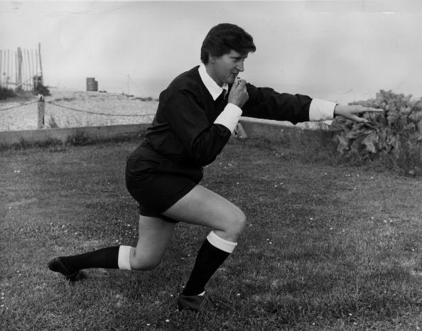 Women's Soccer「Female Referee」:写真・画像(8)[壁紙.com]