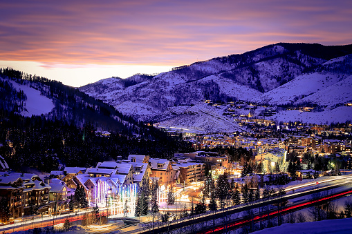 Ski Resort「Vail Village at dusk, Colorado, America, USA」:スマホ壁紙(16)
