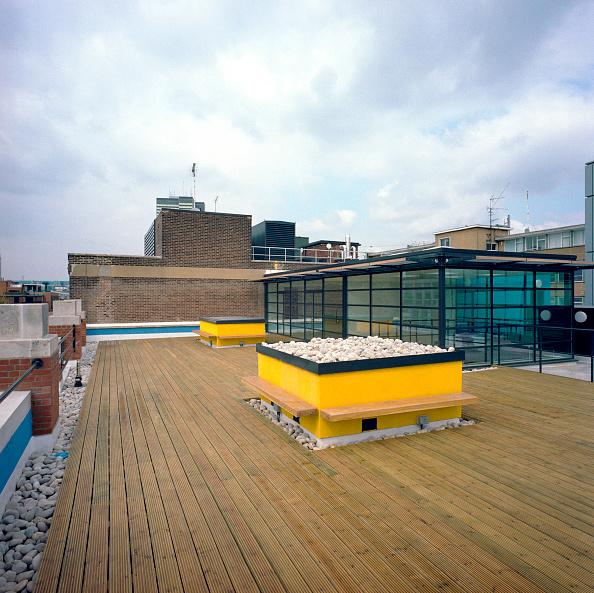 Penthouse「Floor deck on a rooftop, London.」:写真・画像(18)[壁紙.com]