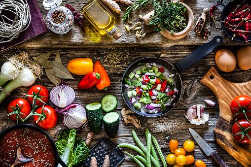 Veganism「Cooking fresh organic vegetables」:スマホ壁紙(18)