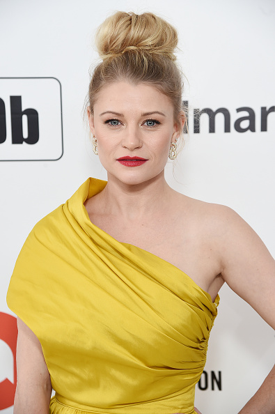 Emilie De Ravin「28th Annual Elton John AIDS Foundation Academy Awards Viewing Party Sponsored By IMDb, Neuro Drinks And Walmart - Red Carpet」:写真・画像(4)[壁紙.com]