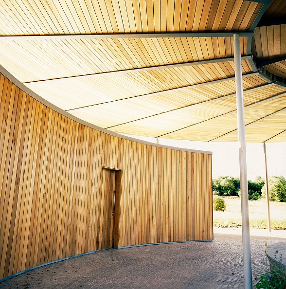 Timber「Main entrance to National Botanic House of Wales Carmarthenshire, Wales, United Kingdom Designed by Norman Foster and Partners」:写真・画像(9)[壁紙.com]