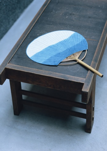 Annual Event「folding Stool and Round Fan」:スマホ壁紙(10)