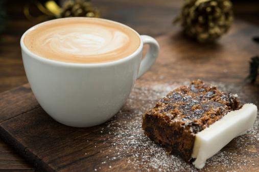 Dessert「Christmas Cake and Coffee」:スマホ壁紙(3)
